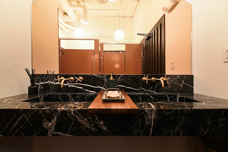 marvelous-marble-bathroom